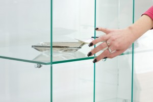 Glass+Shelves+iStock_000011497830Small